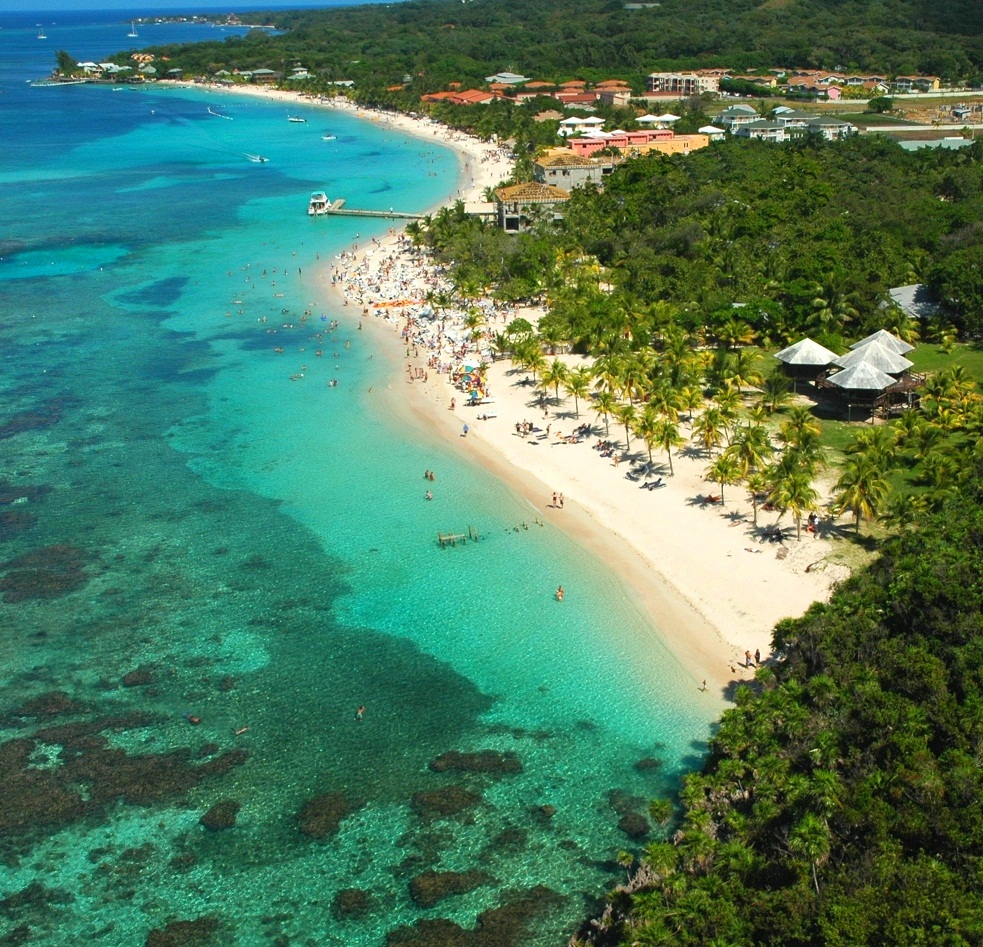 Roatan Island: White Sandy Beach 2 Bedroom/2 Bathroom Condo, West Bay