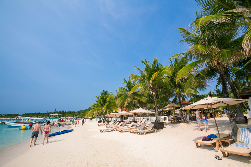 Roatan's Preferred Beach