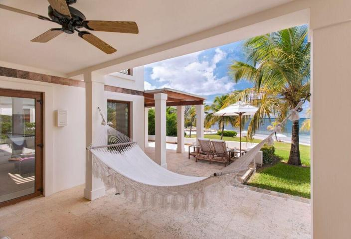 Villa for sale in Pristine Bay